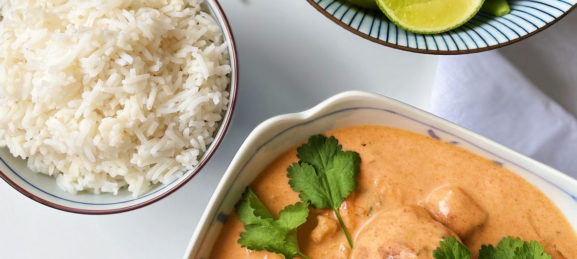 Thai red curry with chicken meatballs